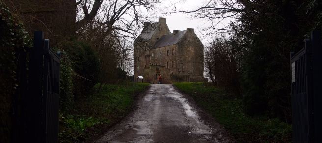 Nearherewayaway Midhope castle 1