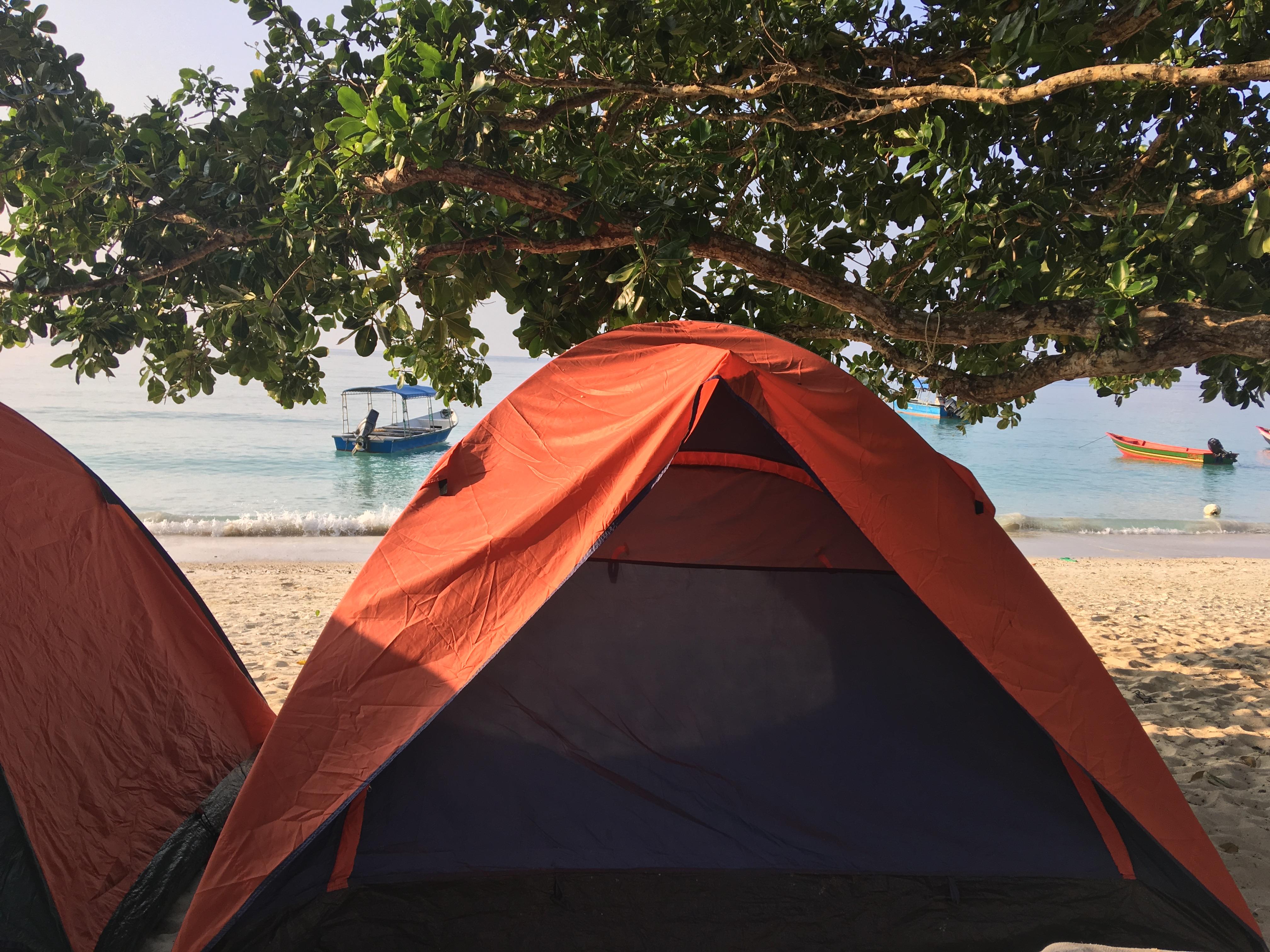 Nearherewayaway tent beach IMG_2444